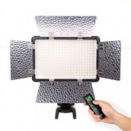 Осветитель светодиодный Godox LED308C II накамерный